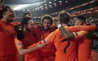 De Kuip kolkt na zege Oranje op wereldkampioen