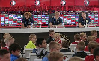 Vragenvuur voor Feyenoorders op kidspersconferentie