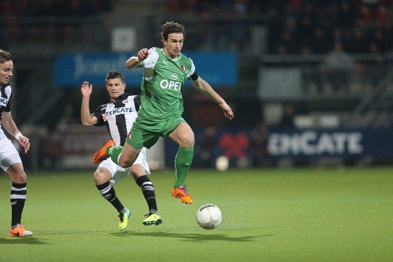 Feyenoord looking to open a gap