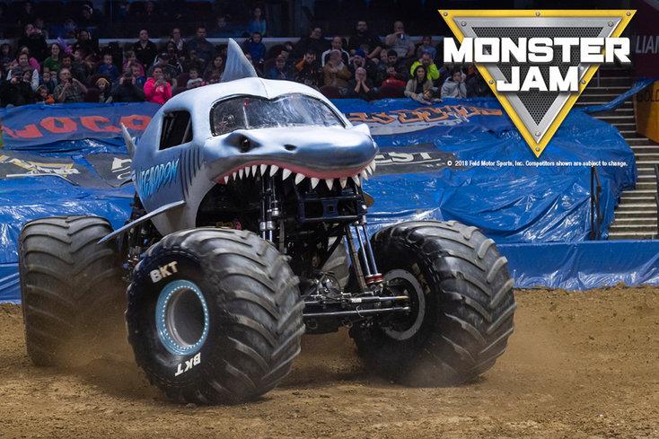 Monster Jam: check de hoogtepunten van 2018 in De Kuip