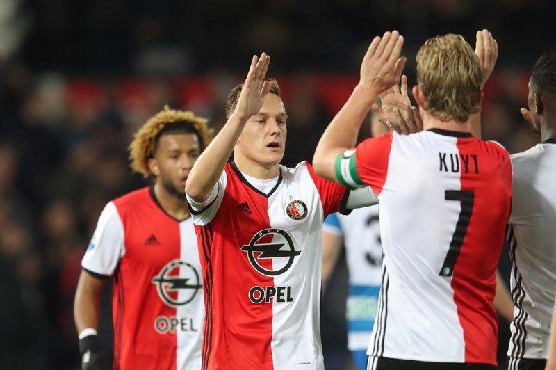 Feyenoord ease past PEC Zwolle