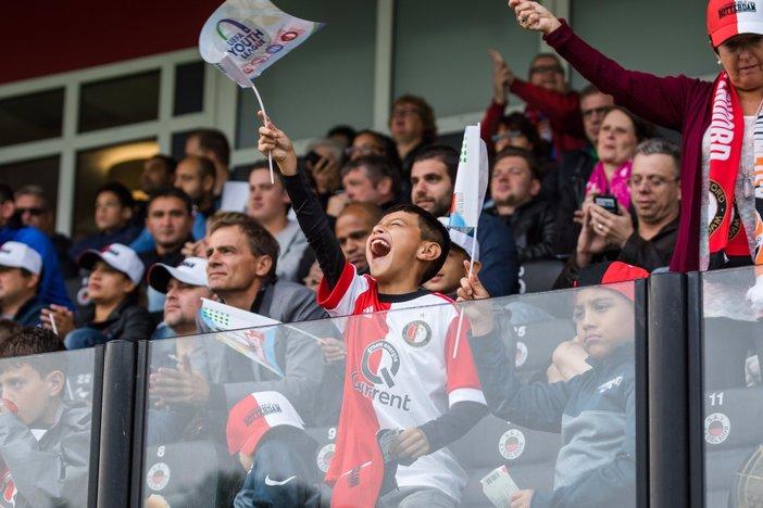 Laatste kaarten Youth League-wedstrijd te koop bij stadion