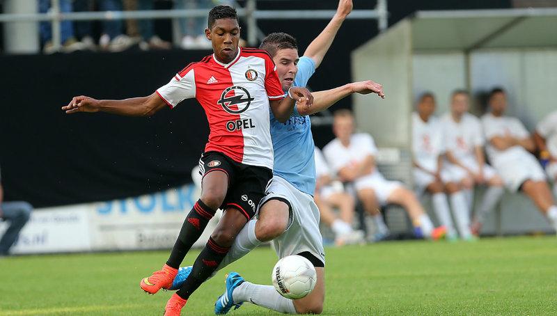 Feyenoord besluit trainingskamp met oefenzege