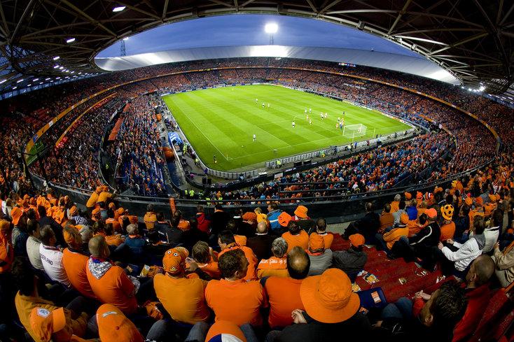 Nederlands elftal verlengt ongeslagen reeks in De Kuip en evenaart record