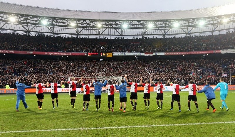 Feyenoord prepare to kick for home