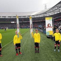 Feyenoord-Utrecht-masc-2.JPG