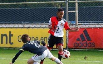 Feyenoord O17 sterkste in stadsderby