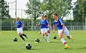 Video: Feyenoord Soccer Camps Zomer 2017