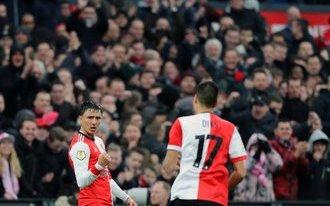 Bekerkraker Feyenoord - PSV in uitverkochte Kuip