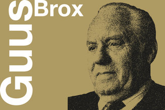 Over Guus Brox