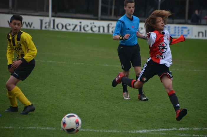 Feyenoord Onder 14 is PSV de baas op Varkenoord