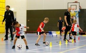 Sporten en spelen met Feyenoord Voetjebal